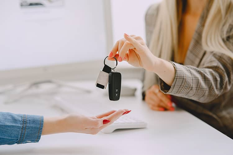 Yıllık Araç Kiralama Fiyatları Nasıl Belirlenir?